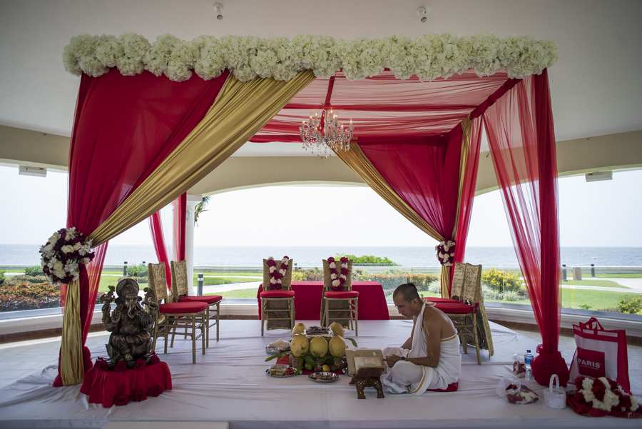 traditional mandap chairs for indian wedding packages in riviera maya by latin asia one stop solution