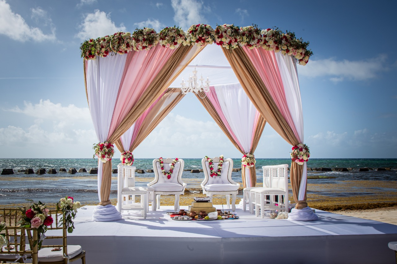 hindu beach mandap packages cancun mexico by Latin Asia one stop solution