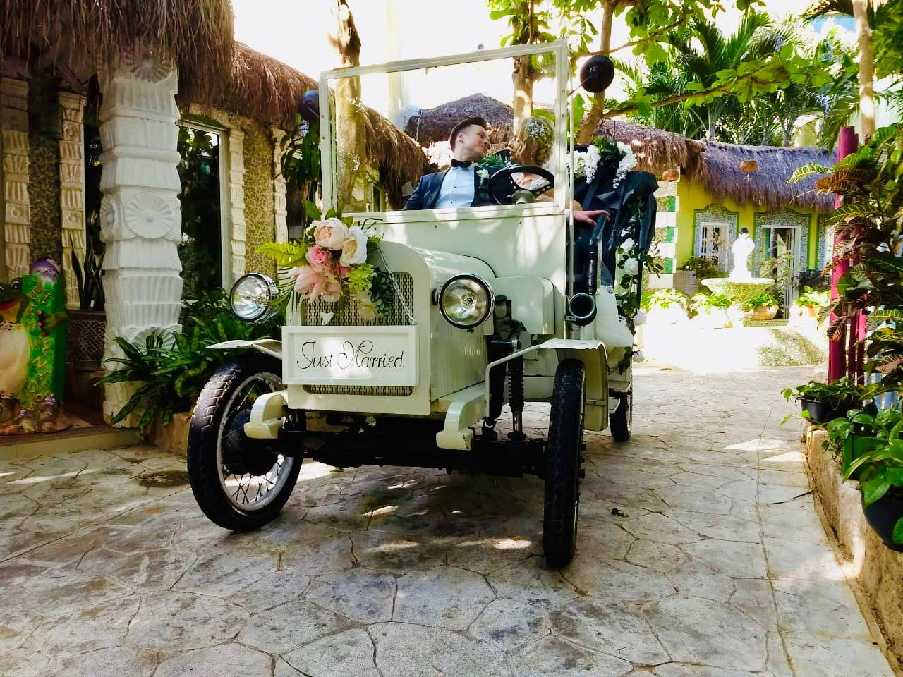 car for indian destination wedding in riviera maya by latin asia one stop solution
